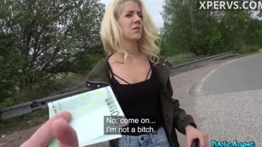 Hot blondie stops money