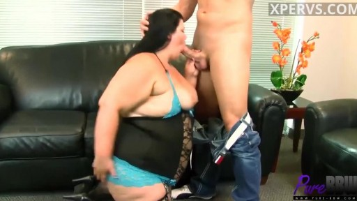 Juicy Jazmynne Knows What She Wants The Cock