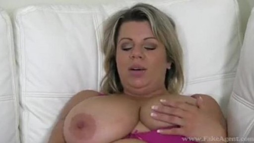Blonde Silvy vee has big boobs